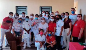Clínica de Enfermagem realiza ação de Dezembro Vermelho - UNILINS